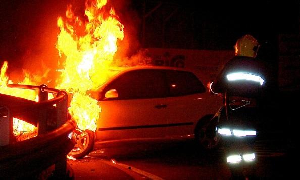 rivarolo_auto_in_fiamme