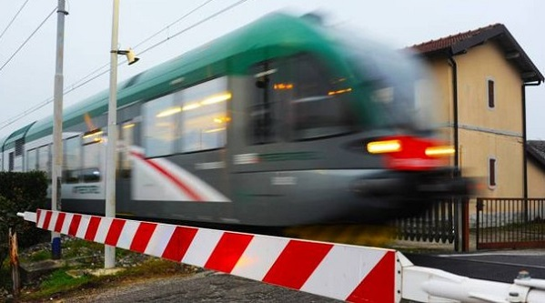 54bdb299a0 Treno Archivi - Canavese News - News dal Canavese e dintorni